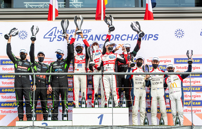 4-Hours-of-Spa-Francorchamps-01_Rene-Binder-und-Team